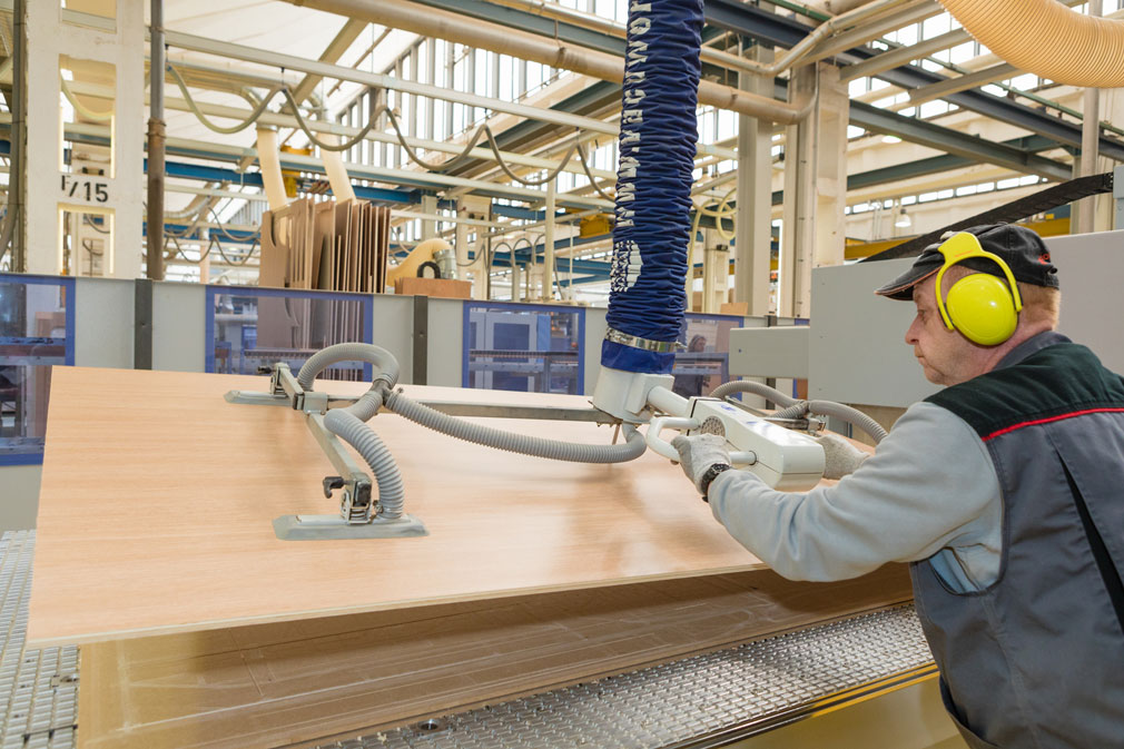 Holz Factory schmalz to showcase cling and handling technologies at holz